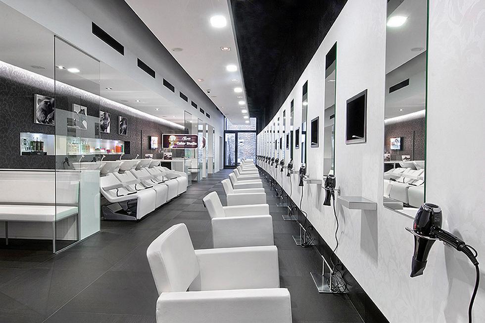Peluqueria moderna y alargada en blanco y negro