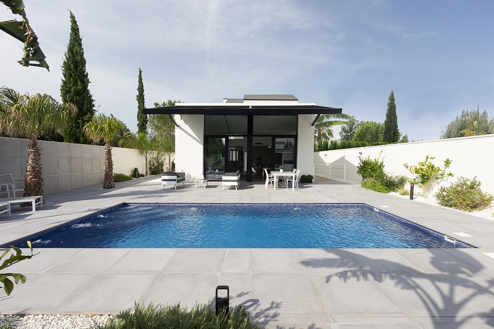 piscina terraza casa vivienda moderna chiralt arquitectos valencia