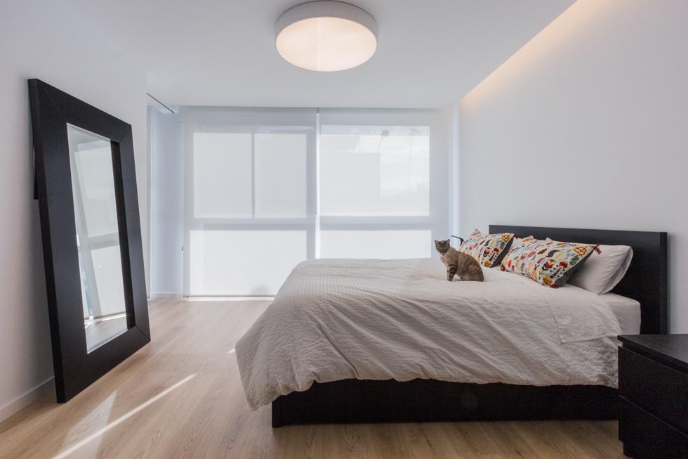 Dormitorio moderno en vivienda estilo nórdico - Chiralt Arquitectos Valencia