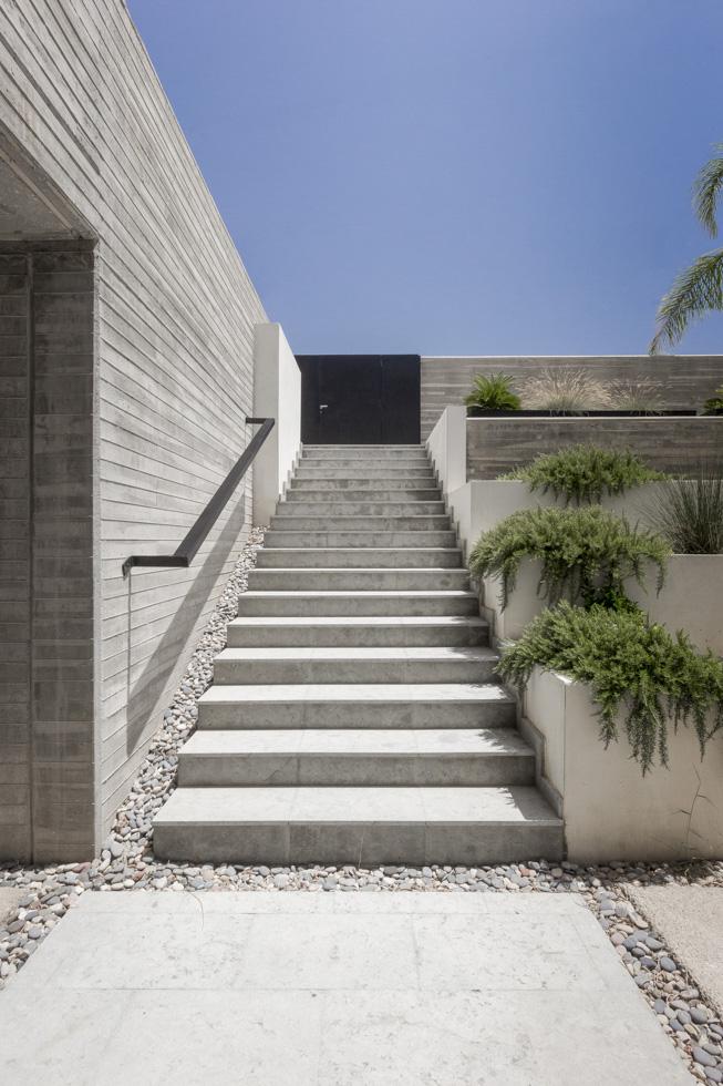 2C-Vivienda-hormigon-Chiralt-Arquitectos-Valencia-12